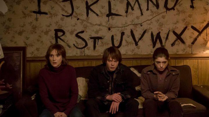 Stranger-Things-season-1